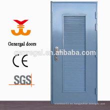 puerta de acero con persiana exterior