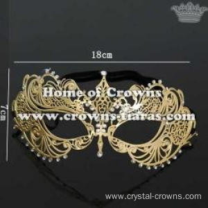 Unique Halloween Mask With Diamonds