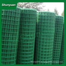 Niedriger Preis Elektrisch verzinktes oder heiß getauchtes galvanisiertes geschweißtes Drahtgeflecht in Rolle oder Platte (China Hersteller)