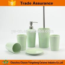 Nova bela porcelana eco-friendly conjunto de banho com alívio verde