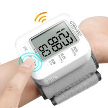 مقياس ضغط الدم الكهربائية المعصم