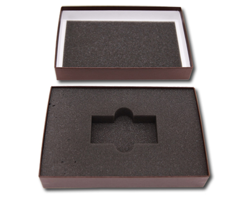 black packaging boxes