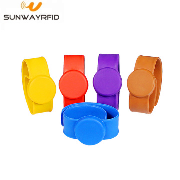 Wristband NFC Rfid in silicone impermeabile 13,56 MHz