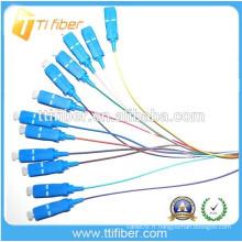 Singlemode SC / upc fibre optique Pigtail 0.9mm, PVC / LSZH