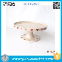 Suporte de bolo de cerâmica bege suporte de bolo de padrão de coração