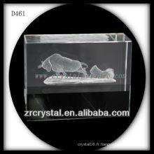 Bloc de cristal à l'intérieur du taureau Subsurface de laser de K9 3D