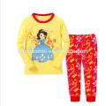 Großhandelsqualitäts-lange Hülsen-Kind-Mädchen-Pyjamas mit niedrigem Preis