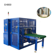 Horizontale Stretch-Verpackungsmaschine mit rotierender Ringmaschine