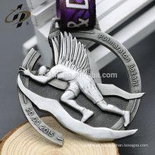 Itens de presente Medalha de prata antiga de lembrança personalizada com fita