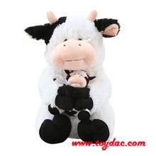 Vaca grande macia de pelúcia e vaca de bebê