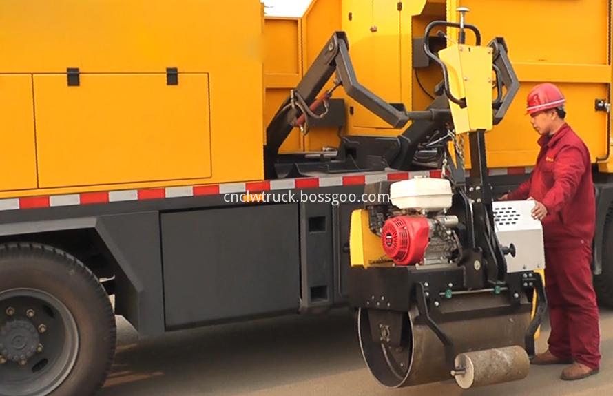 Asphalt Road Maintenance Vehicle 7