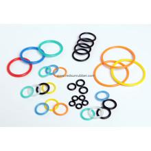 Anéis de borracha coloridos
