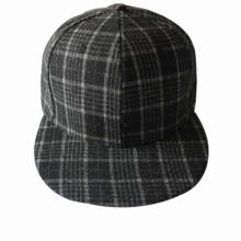 Plated Flat Brim Plaid Fabric 6 Panel Fitted Cap