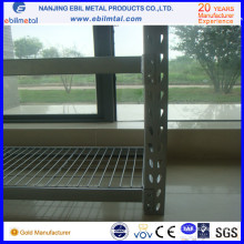 Rack industrial con plataforma de alambre