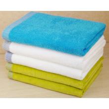 (BC-TB1006) Serviette de bain en éponge colorée 100 % coton vendue à chaud
