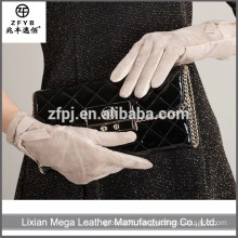 New design fashion low price Women Leather Gloves 2016
