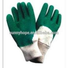 Солнечные перчатки с длинными рукавами с зеленым латексным покрытием