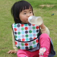 Customized velcro closure waterproof neoprene toddler bibs