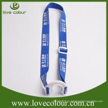 Вытяжной шнур для крепления на шее