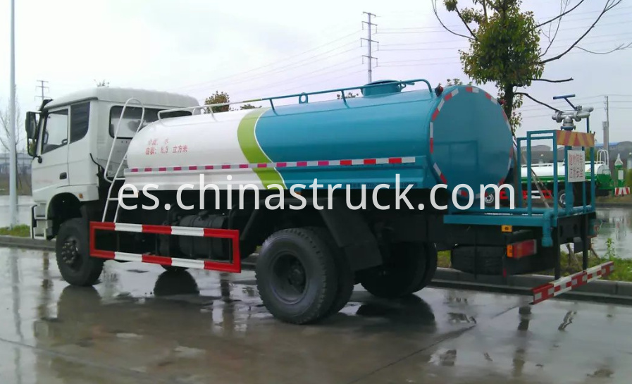 Dongfeng AWD 4x4 water browser truck 8000 liters