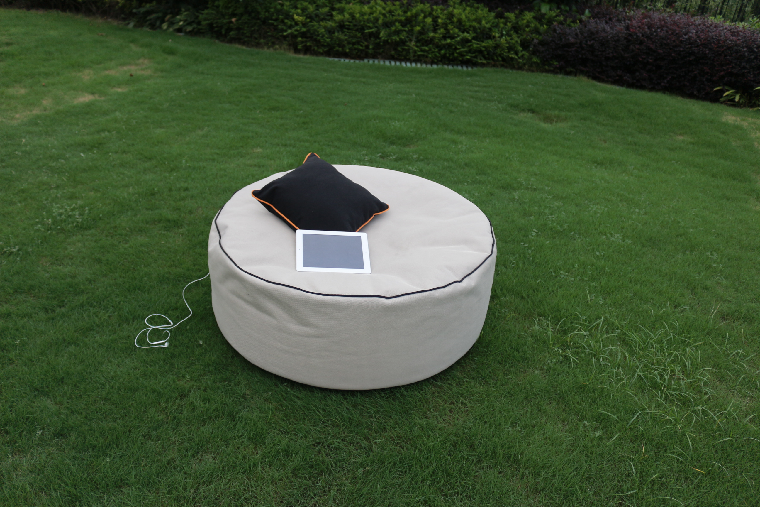Modern appearance mould proof bean bag pouf garden furniture