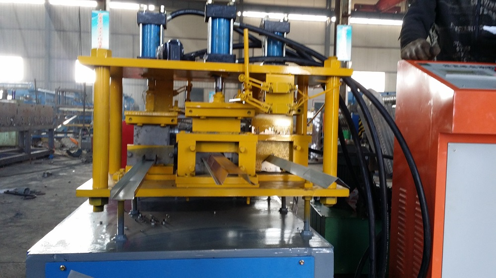 High Way Fence Forming Machine