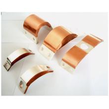 Conector flexível para disjuntor de vácuo