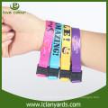 Neuer Stil Festival Stoff Wristband mit Dichtung Schnalle