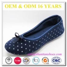 Nuevos zapatos al por mayor baratos de la señora del terciopelo del fahion en China