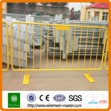 China PVC coated Crowd Control Barrier