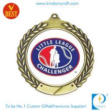 China Kundengebundenes uns 2D Little League-Kupfer, das Medaille mit gedrucktem Paster stempelt