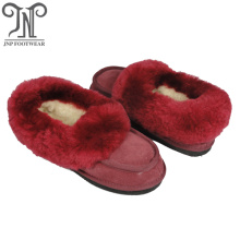 Good Quality for Ladies Shearling Slippers Good quality women's indoor moccasin lambskin slippers export to India Exporter