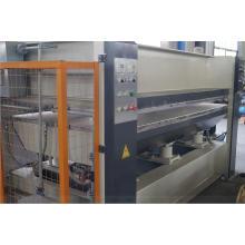 Máquina caliente de la prensa de la madera con la película para la puerta