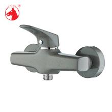 Nouveaux robinets design en ligne