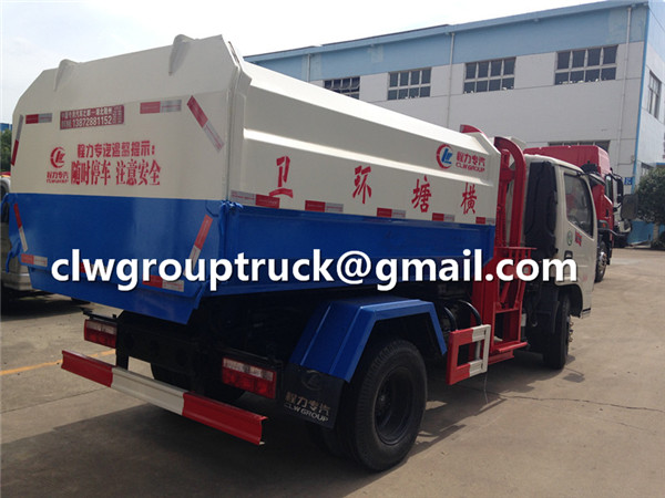 Dump Garbage Truck with Automatic Side Lifter