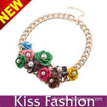 Latest New Stylish Design Gold Plated Chain Pearl Bead Flower Fashion Necklace