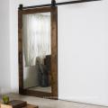 Puertas de granero corredizas de espejo acabado estilo rústico