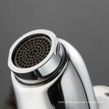 Robinet d'accessoires de salle de bain