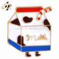New designs fancy metal enamel custom birthday party souvenir badges