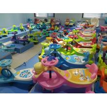 Baby / Kinder Kind Schaukel Auto / Kinder Spielzeug Puppe Fahrt auf Twist Car