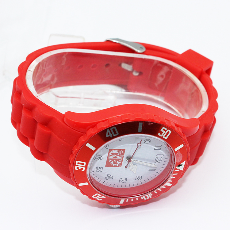 Cheap silicone color quartz watches 2014
