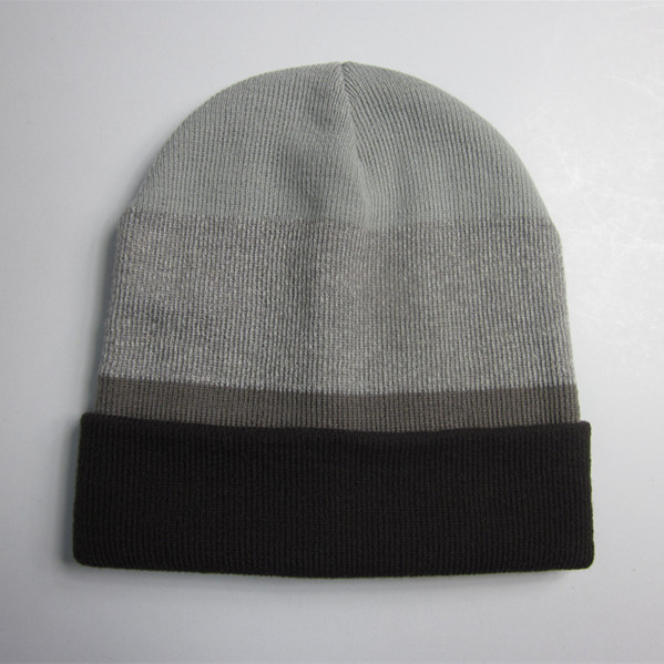 Men Acrylic Striped Cuff Beanie