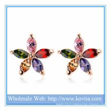 2014 Alibaba vente chaude bijoux en forme de cuivre et coloré AAA zircon boucles d'oreille en fleur pour cadeau filles