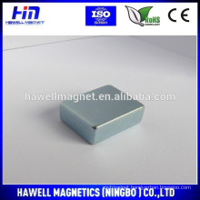 Small block magnets with Zinc coating