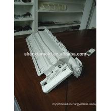 El molde plástico de la protuberancia de la puerta del perfil del pvc de la alta calidad / muere hecho en China