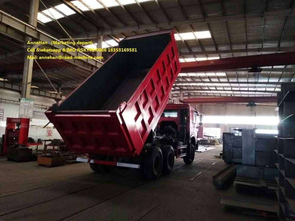 Mid Lifting Dump Truck Red 2