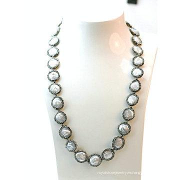 Collar barroco fresco de la perla de la joyería elegante de la manera para la señora partido