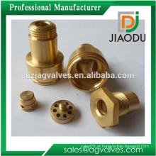 Peças de torneiro de latão de venda quente de melhor qualidade / peças de precisão CNC