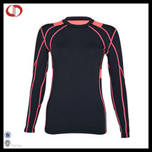 Kundenspezifisches Frauen-Sportkleidung-Kompressions-Hemd