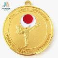Поставляем дешевые пользовательские 70*3мм золото металла спорта каратэ трофеи Медали с лентой
